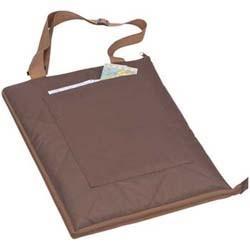 Mac-60029 Picknickdecke/Tasche mit Vorfach 180 x 150 cm ausgebreitet